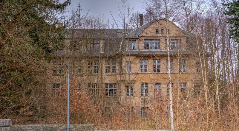 verlassenes kinderheim altdorf